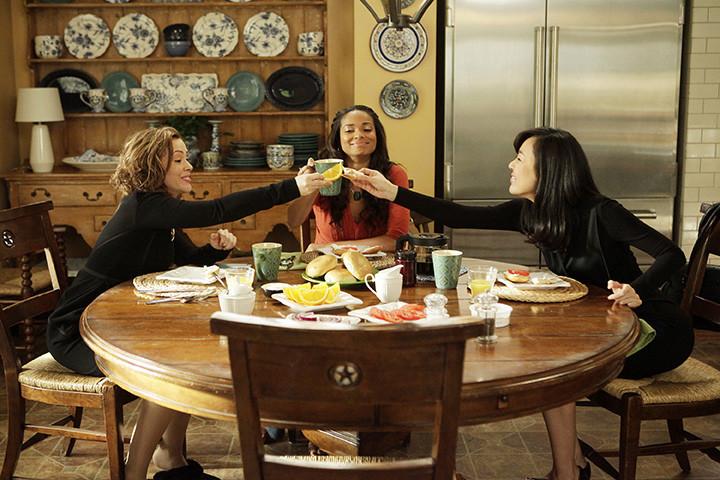 Mistresses: Alyssa Milano, Rochelle Aytes e Yunjin Kim in Boundaries