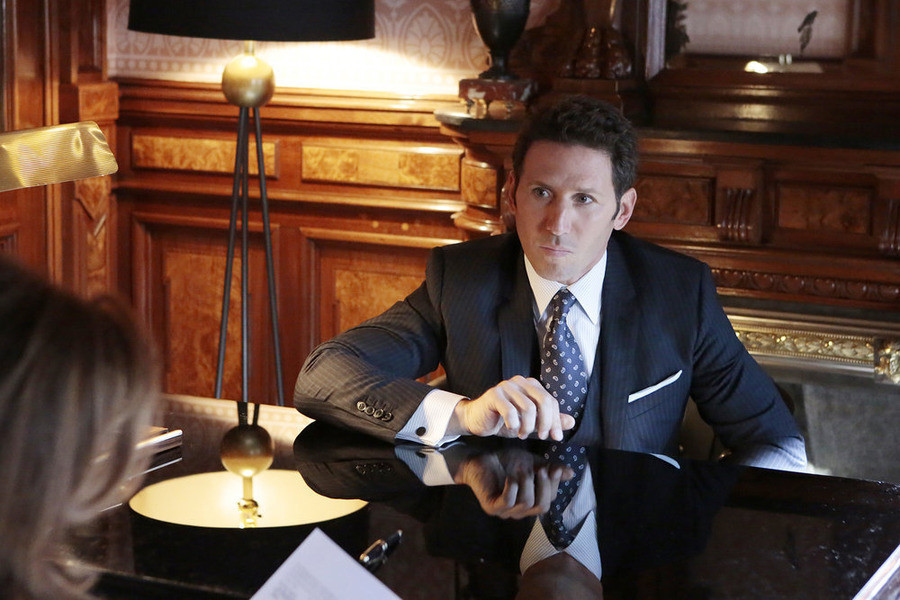 Royal Pains: Mark Feuerstein nell'episodio Smoke and Mirrors