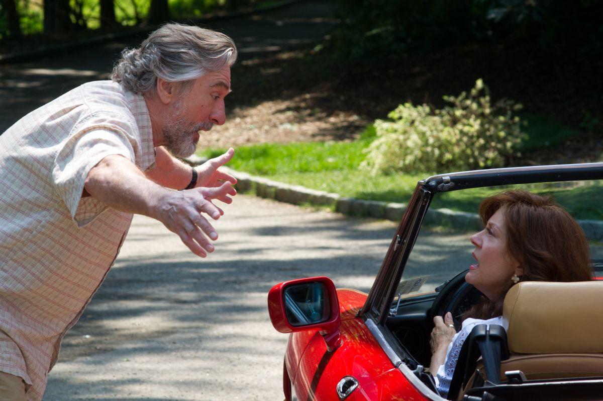 Big Wedding: Robert De Niro con Susan Sarandon in una scena del film