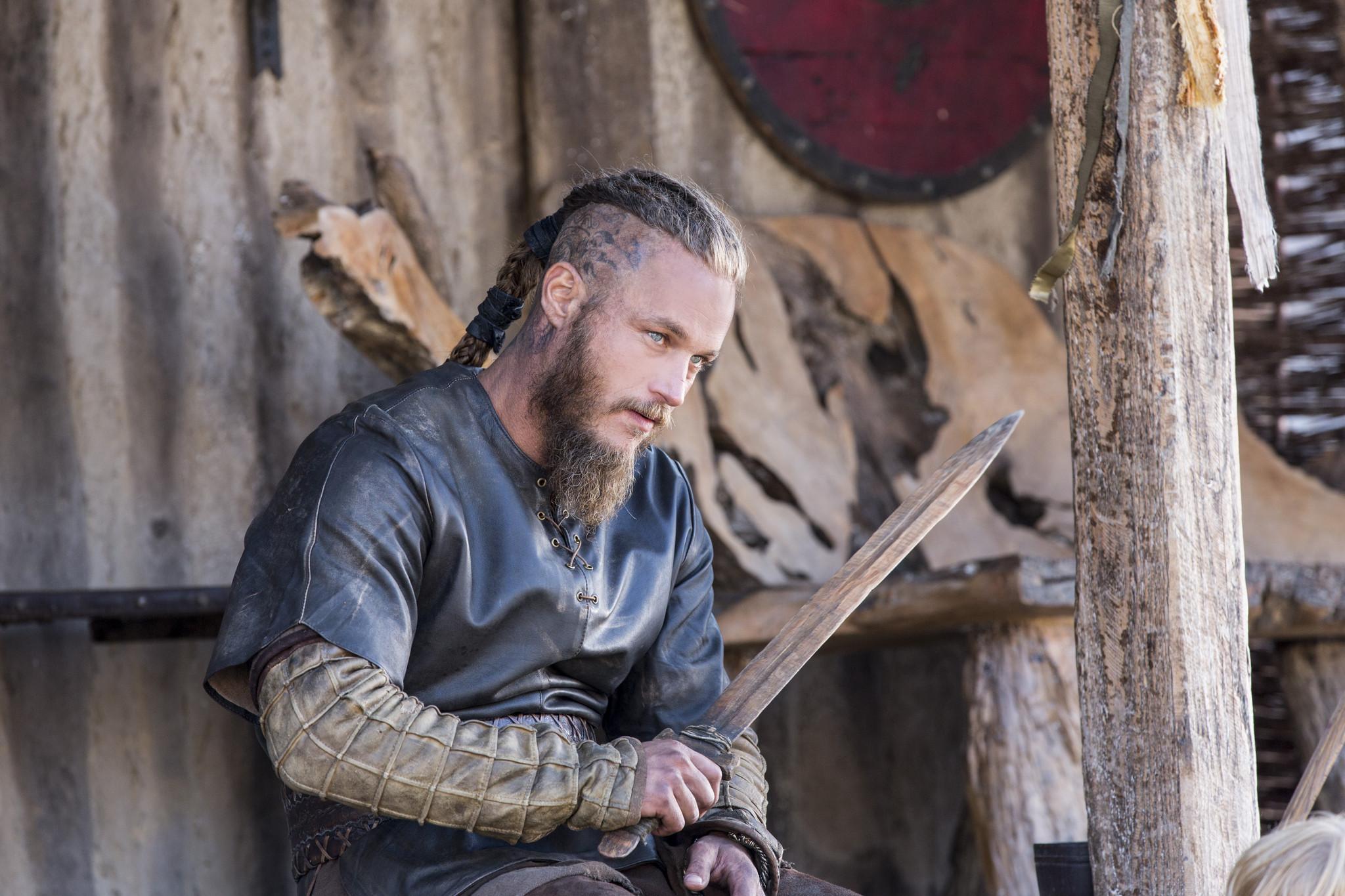 Vikings: Travis Fimmel nell'episodio Unforgiven