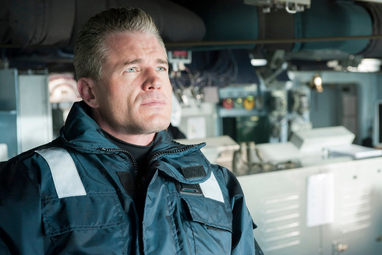 The Last Ship: una scena di Phase Six con Eric Dane
