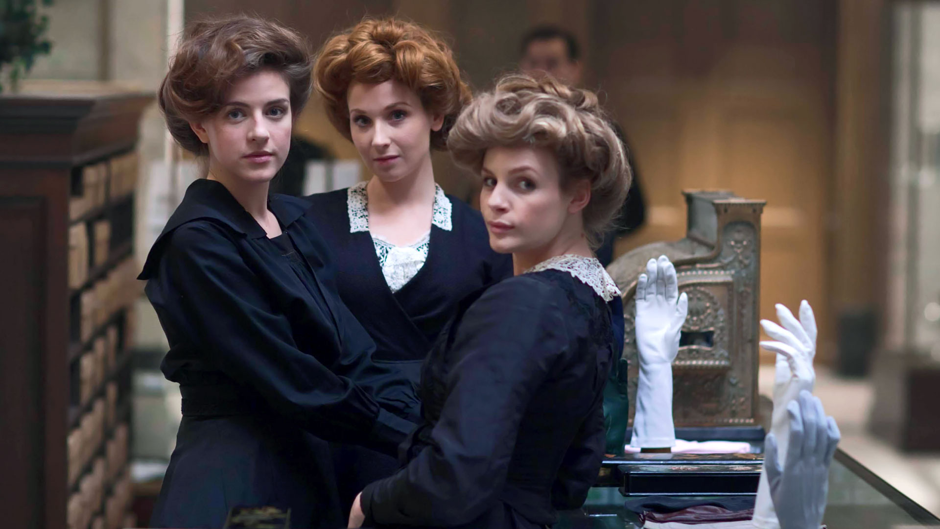 Mr. Selfridge: una scena dell'episodio Il futuro è oggi