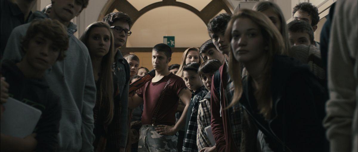Il ragazzo invisibile: una scena di gruppo tratta dal film