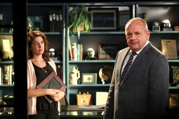 CSI: Paul Guilfoyle in una scena dell'episodio Giochi infernali. 2a parte