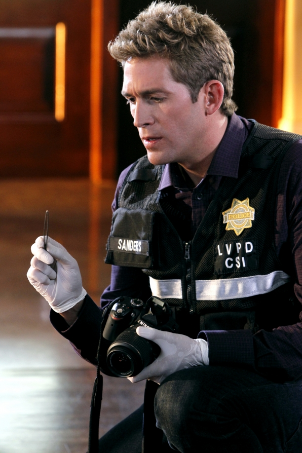 CSI: Eric Szmanda in una scena dell'episodio Frame by Frame