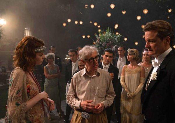 Magic in the Moonlight: Woody Allen spiega una scena a Emma Stone e Colin Firth
