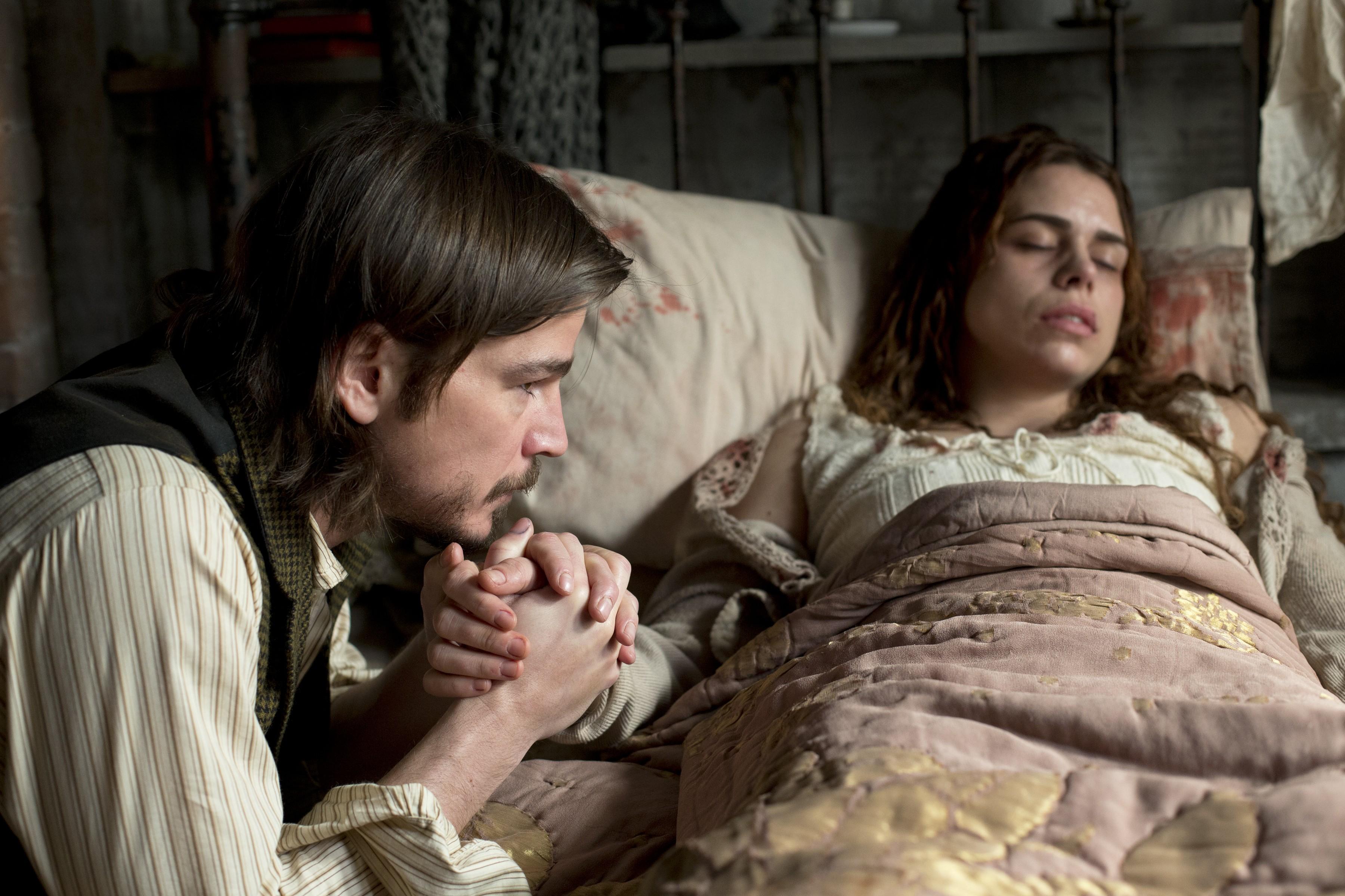 Penny Dreadful: Billie Piper e Josh Hartnett nell'episodio Grand Guignol