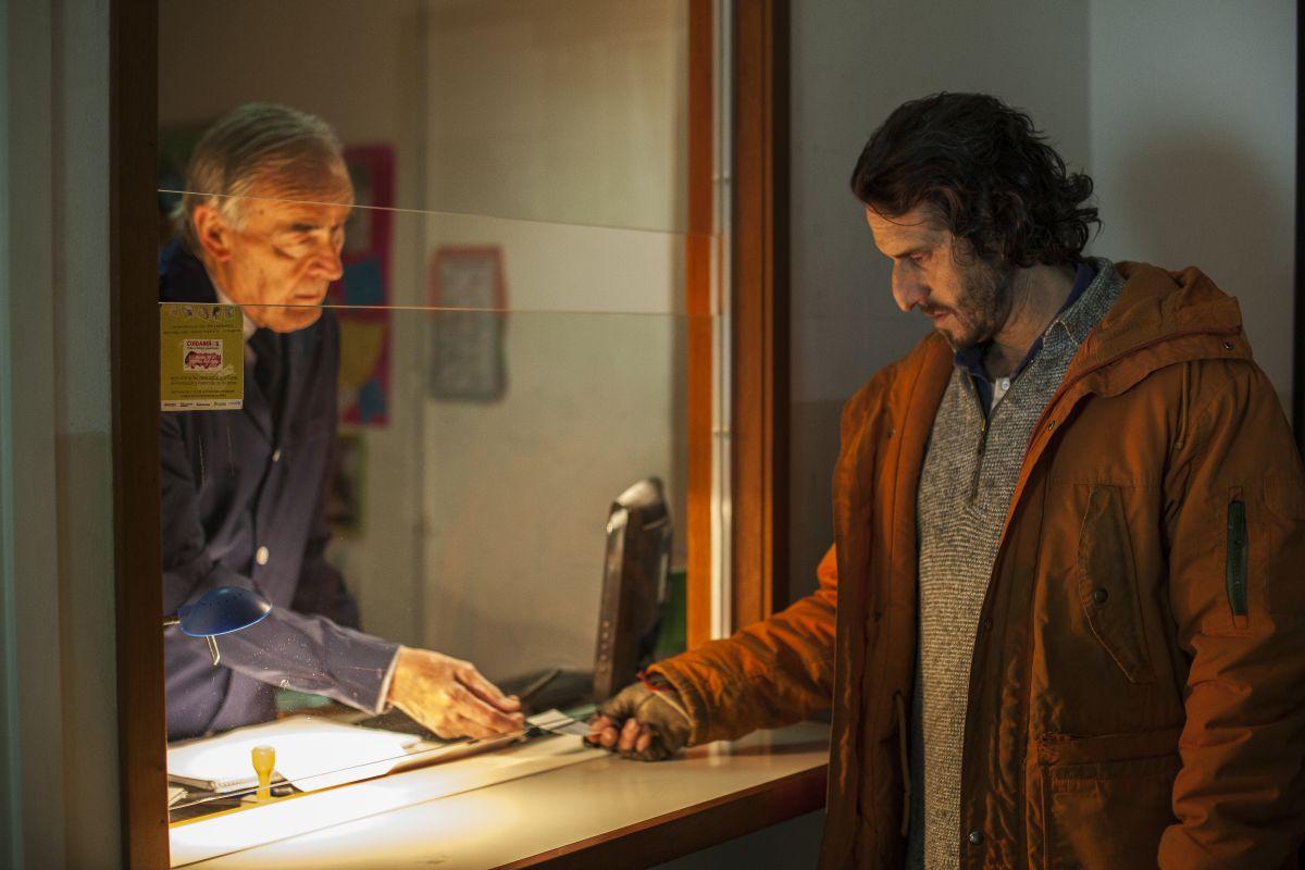 Diego Peretti in una scena de La ricostruzione