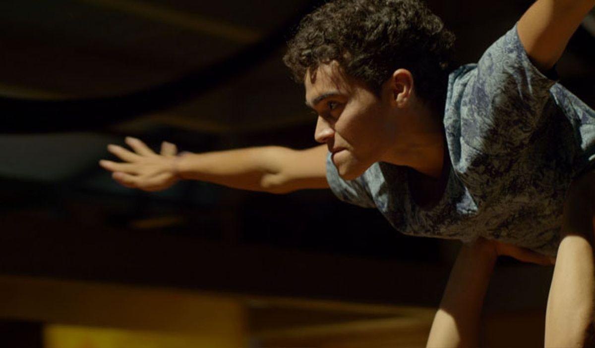 Mateo: i lprotagonista Carlos Humberto Hernandez in una scena