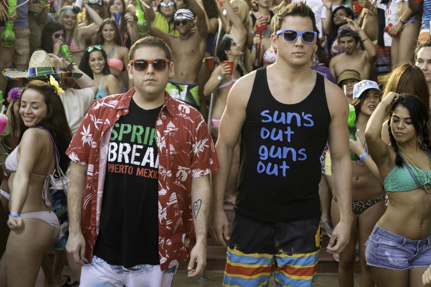 22 Jump Street: Channing Tatum con Jonah Hill in una scena del film