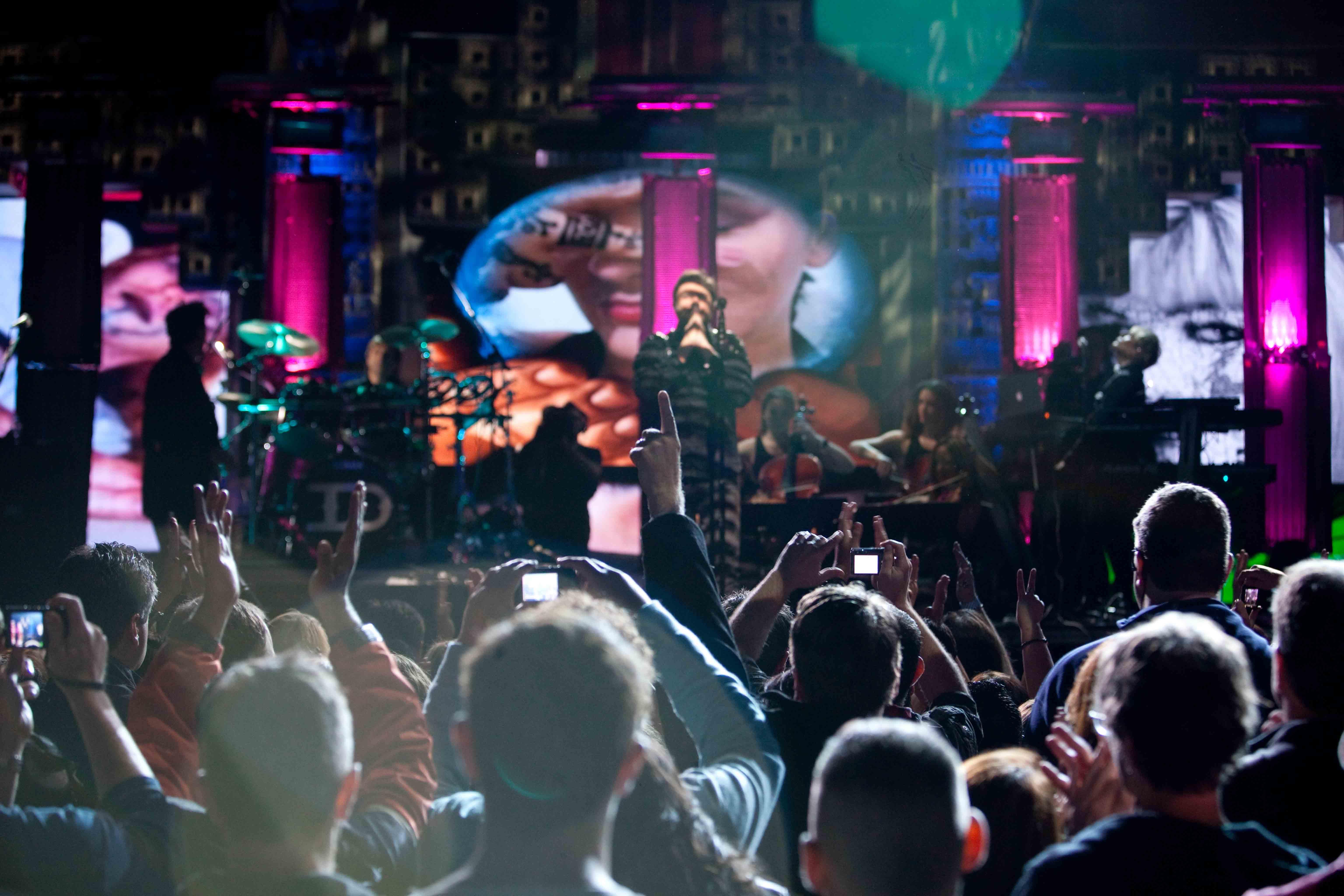 Duran Duran: Unstaged, un'immagine del documentario musicale diretto da David Lynch