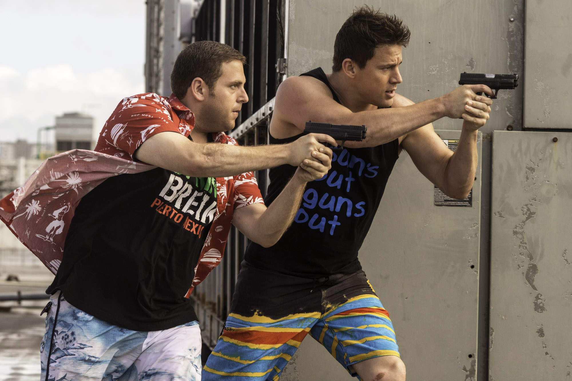 22 Jump Street: Channing Tatum e Jonah Hill poliziotti infiltrati in una scena del film