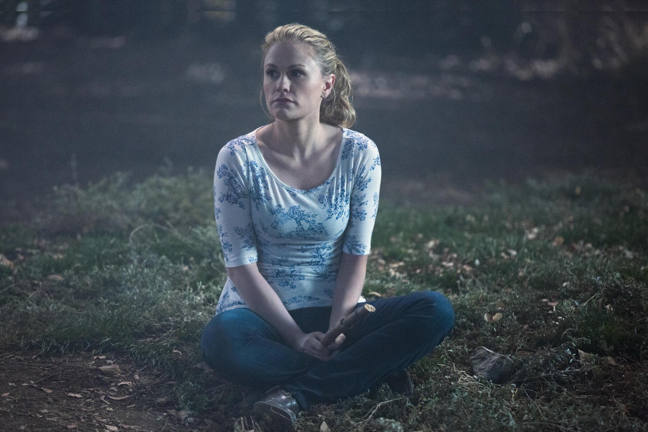 True Blood: Anna Paquin in una scena dell'episodio Fire in the Hole