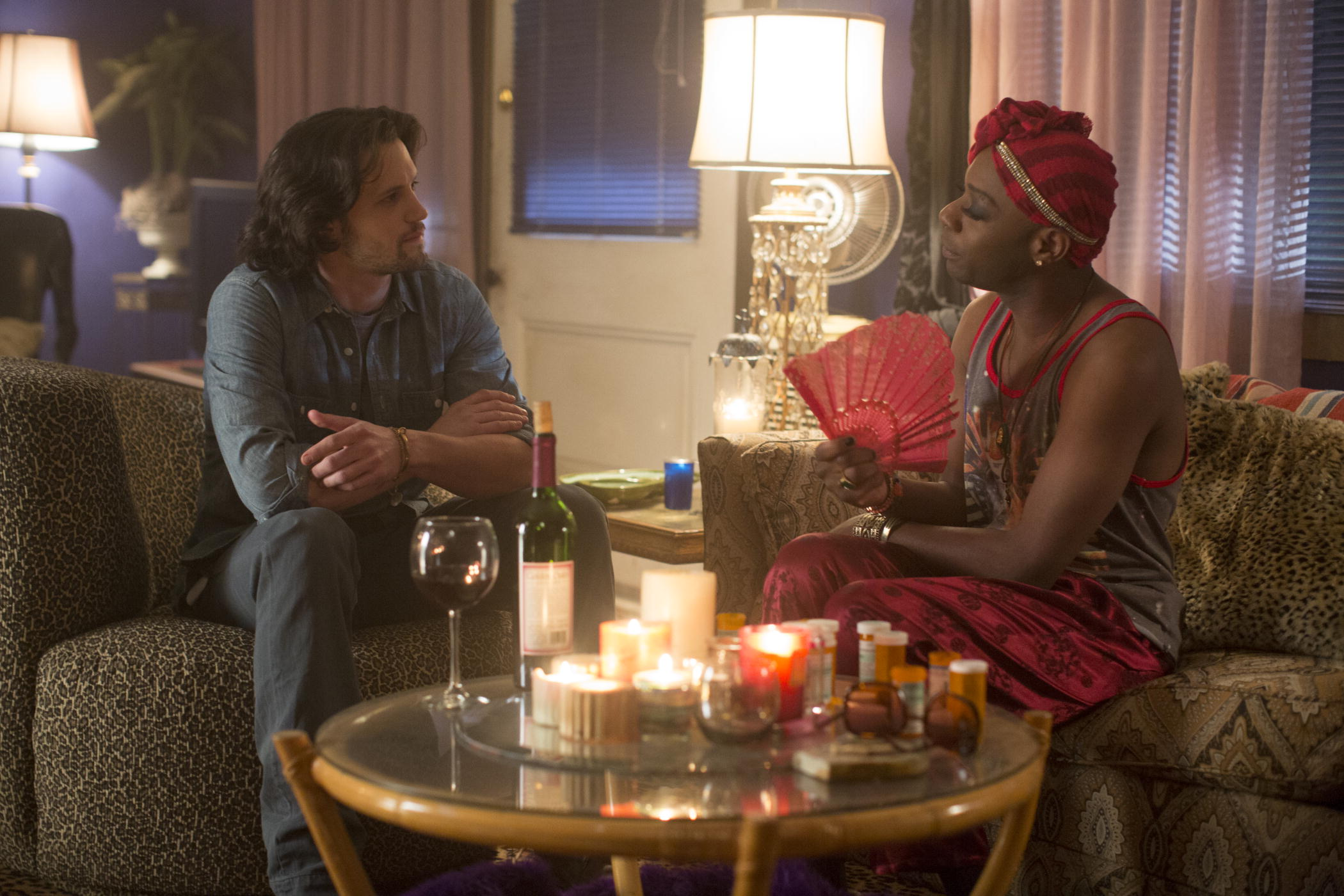 True Blood: Nelsan Ellis e Nathan Parsons nell'episodio Fire in the Hole