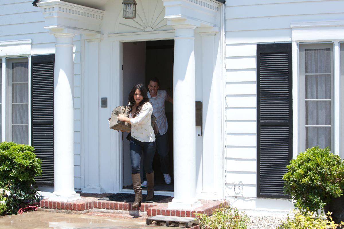 Provetta d'amore: Paul Schneider e Olivia Munn sono Tommy e Audrey in una scena