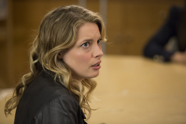 Community: Gillian Jacobs nell'episodio Repilot