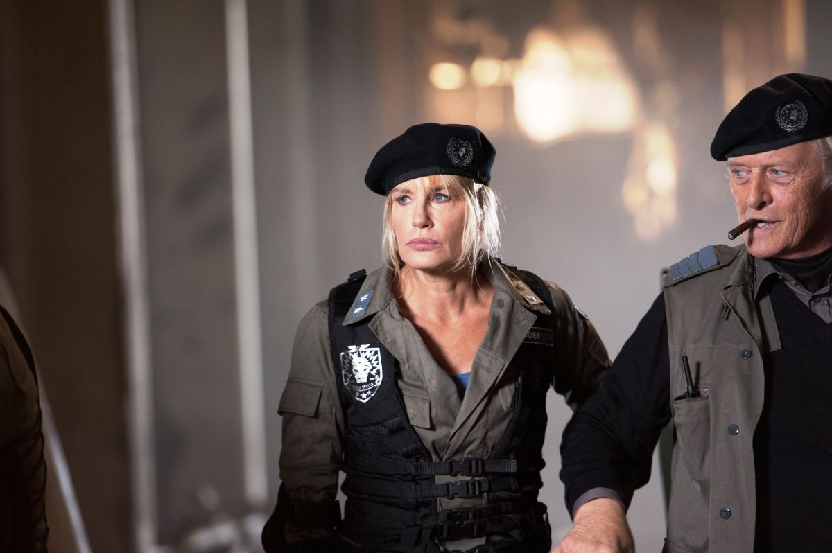 2047 - Sights of Death: Daryl Hannah e Rutger Hauer in una scena del film