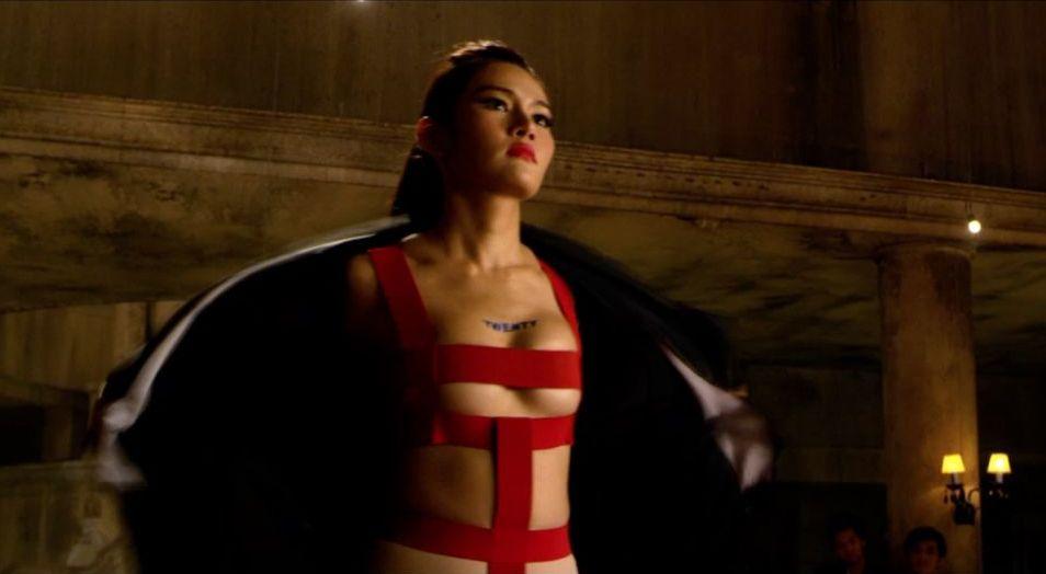 The Protector 2: Yayaying Rhatha Phongam in una scena del film