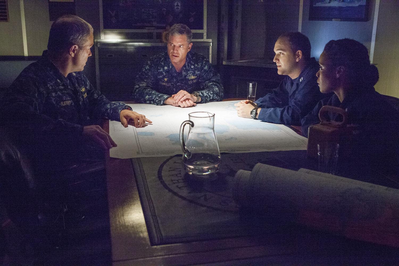 The Last Ship: Eric Dane in una scena dell'episodio We'll Get There