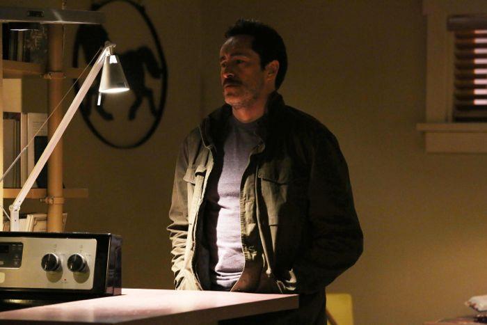 The Bridge: Demian Bichir nell'episodio Ghost of a Flea