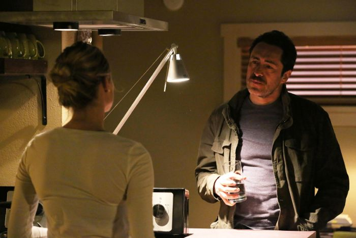 The Bridge: Demian Bichir e Diane Kruger nell'episodio Ghost of a Flea