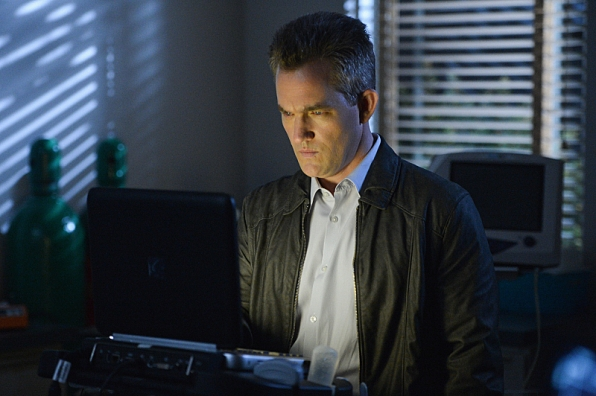 Extant: Maury Sterling nell'episodio Wish You Were Here