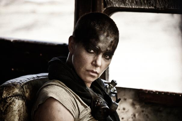 Mad Max: Fury Road - Un primo piano di Charlize Theron