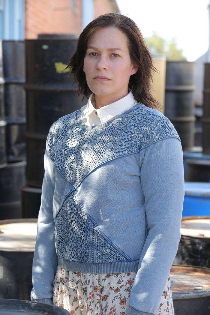 The Bridge: Franka Potente in una scena dell'episodio Sorrowsworn