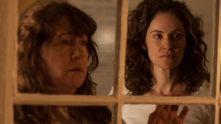 The Leftovers: Ann Dowd nell'episodio Gladys