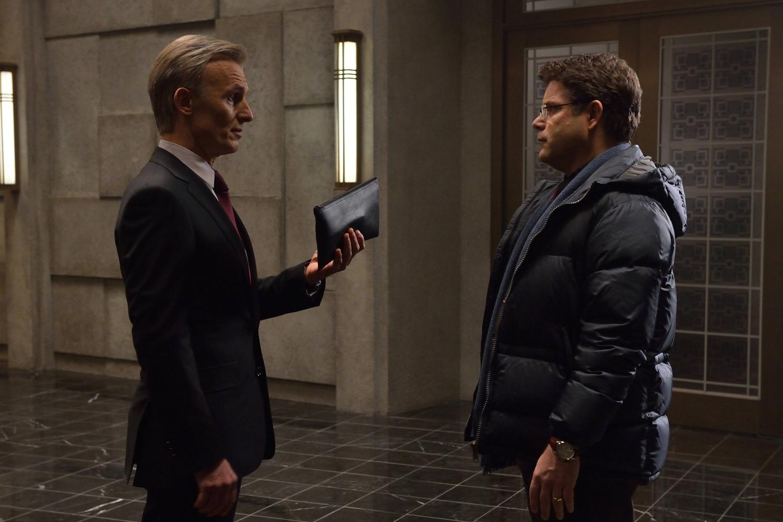 The Strain: Sean Astin e Richard Sammel nell'episodio Gone Smooth