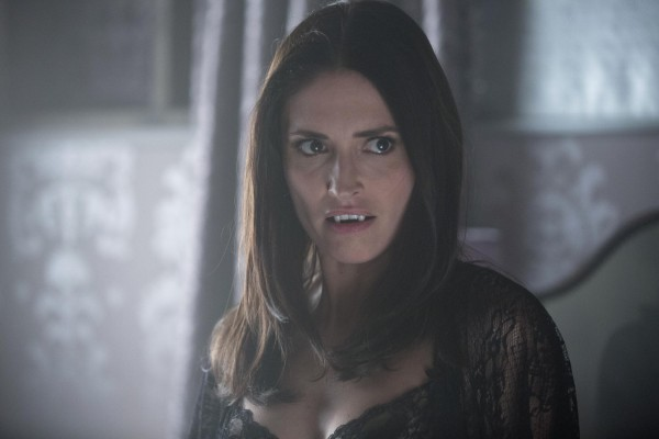 True Blood: Karolina Wydra nell'episodio Karma