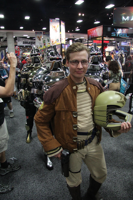 Comic-Con 2014: un cosplayer di Starbuck, Battlestar Galactica