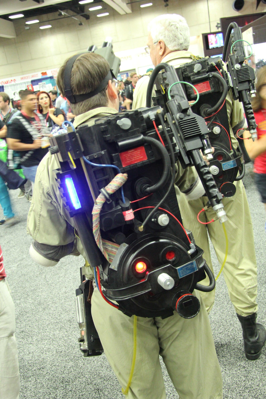 Comic-Con 2014: Cosplay - uno zaino protonico