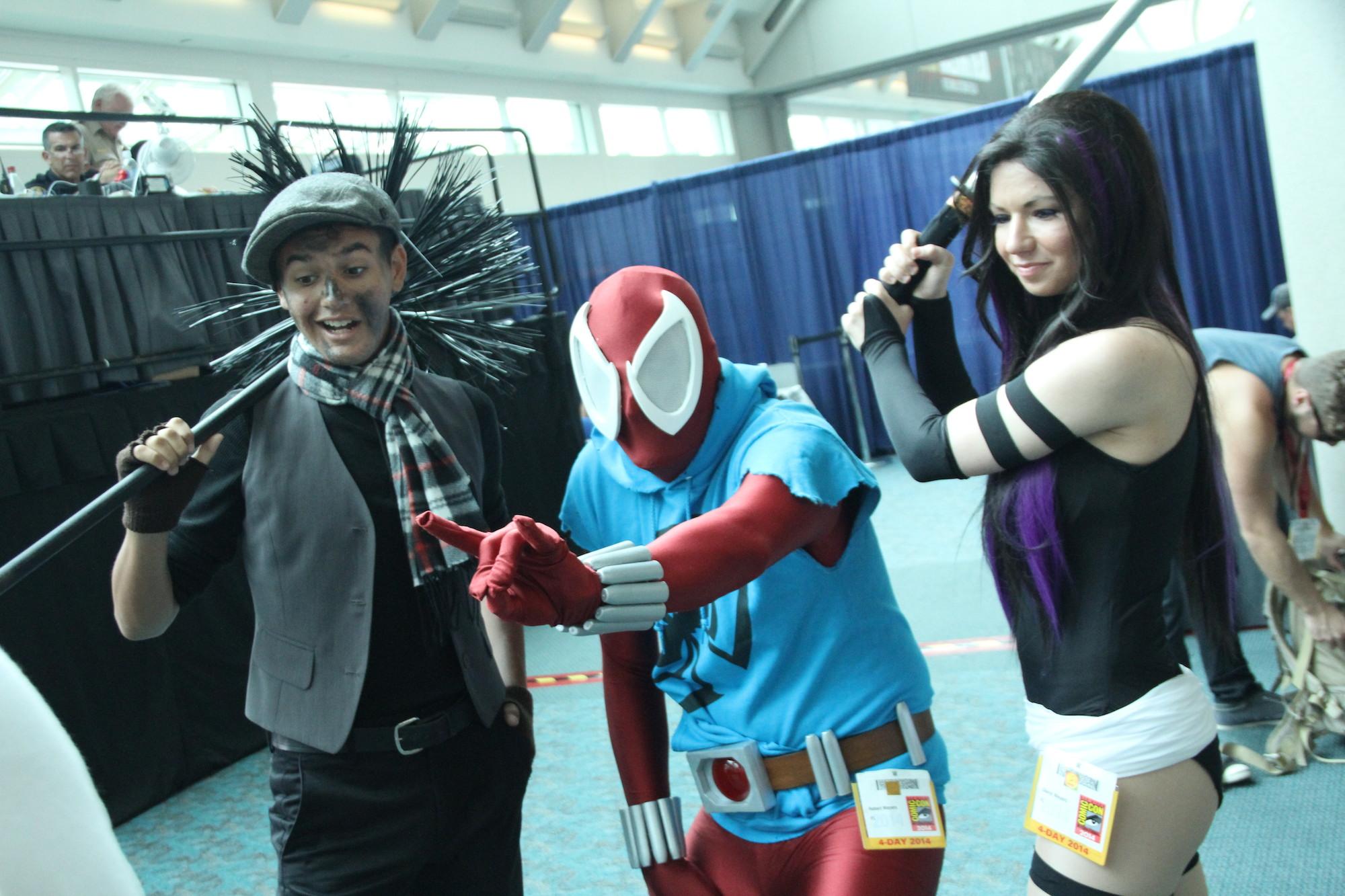 Comic-Con 2014: Cosplay - Psylocke con un paio di amici