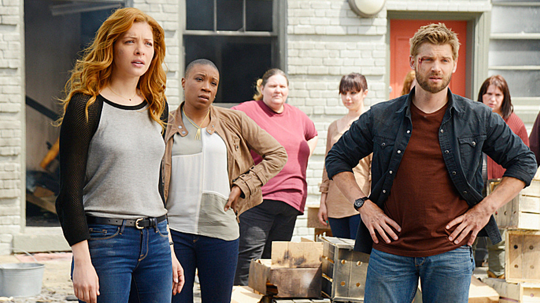 Under the Dome: Mike Vogel e Rachelle Lefevre nell'episodio Reconcilation