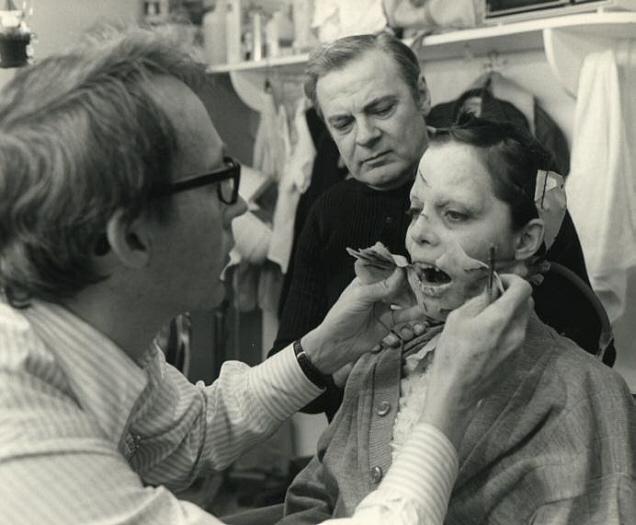 Dick Smith con Linda Blair sul set de L'esorcista