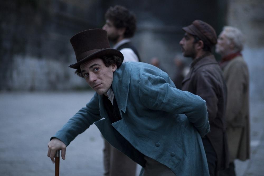 Il giovane favoloso: Elio Germano nei panni di Giacomo Leopardi in una scena