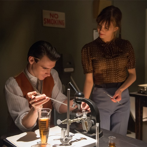 Manhattan: un momento dell'episodio The Prisoner's Dilemma