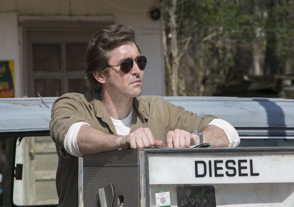 Halt and Catch Fire: un'immagine di Lee Pace nell'episodio 1984