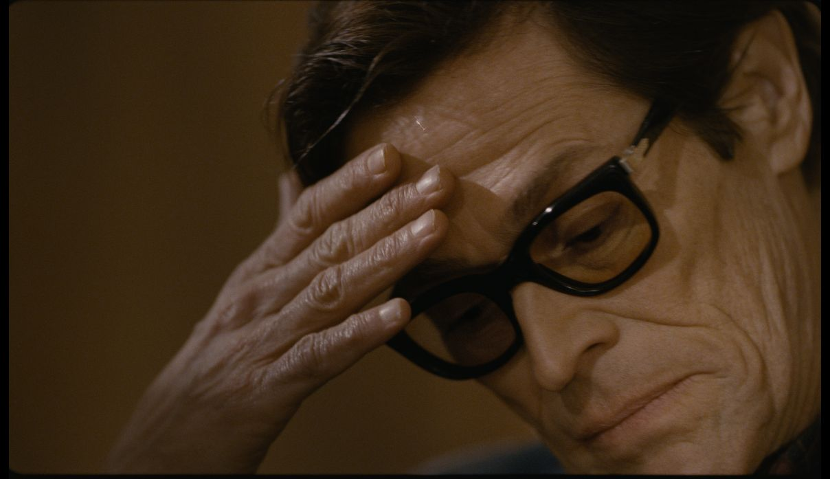 Willem Dafoe in un primo piano tratto dal film Pasolini