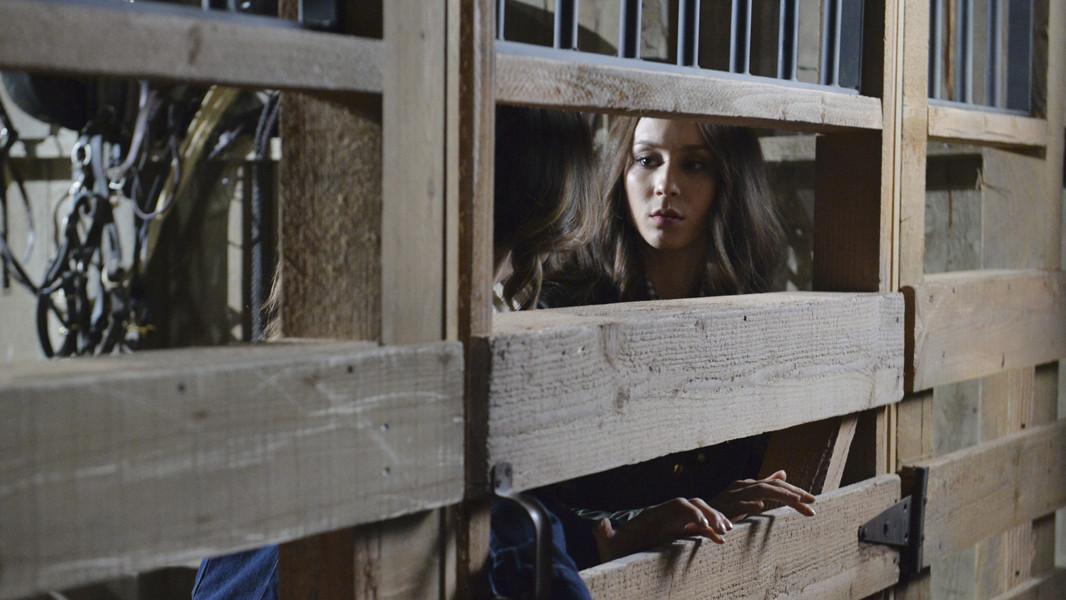 Pretty Little Liars: una scnea dell'episodio Scream for Me, quinta stagione