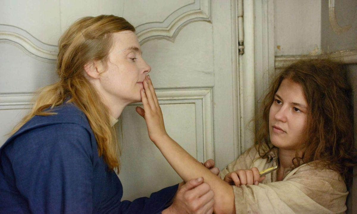Mary's Story: Isabelle Carré in una bella immagine del fil con Ariana Rivoire