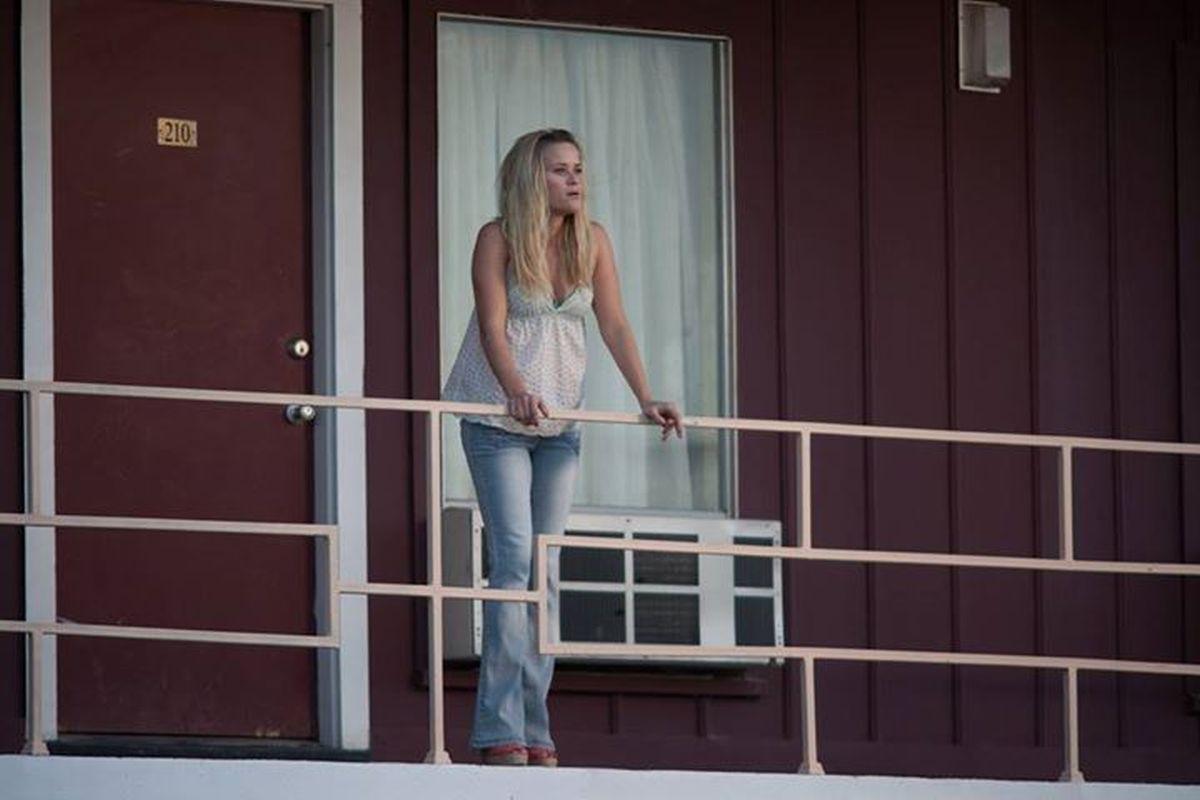 Mud: Reese Witherspoon in una scena del film è Juniper