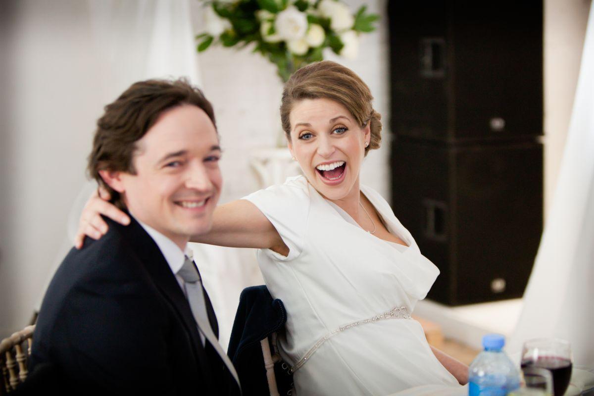The Stag - Se sopravvivo mi sposo: Hugh O'Conor e Amy Huberman in una scena del film