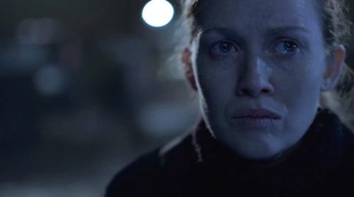 The Killing Mireille Enos in una scena dell'episoiod Dream Baby Dream della quarta stagione dello show