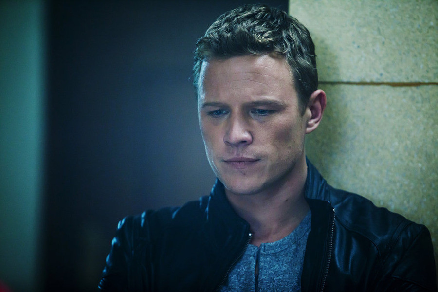 Dominion: Christopher Egan nell'episodio Beware Those Closest to You