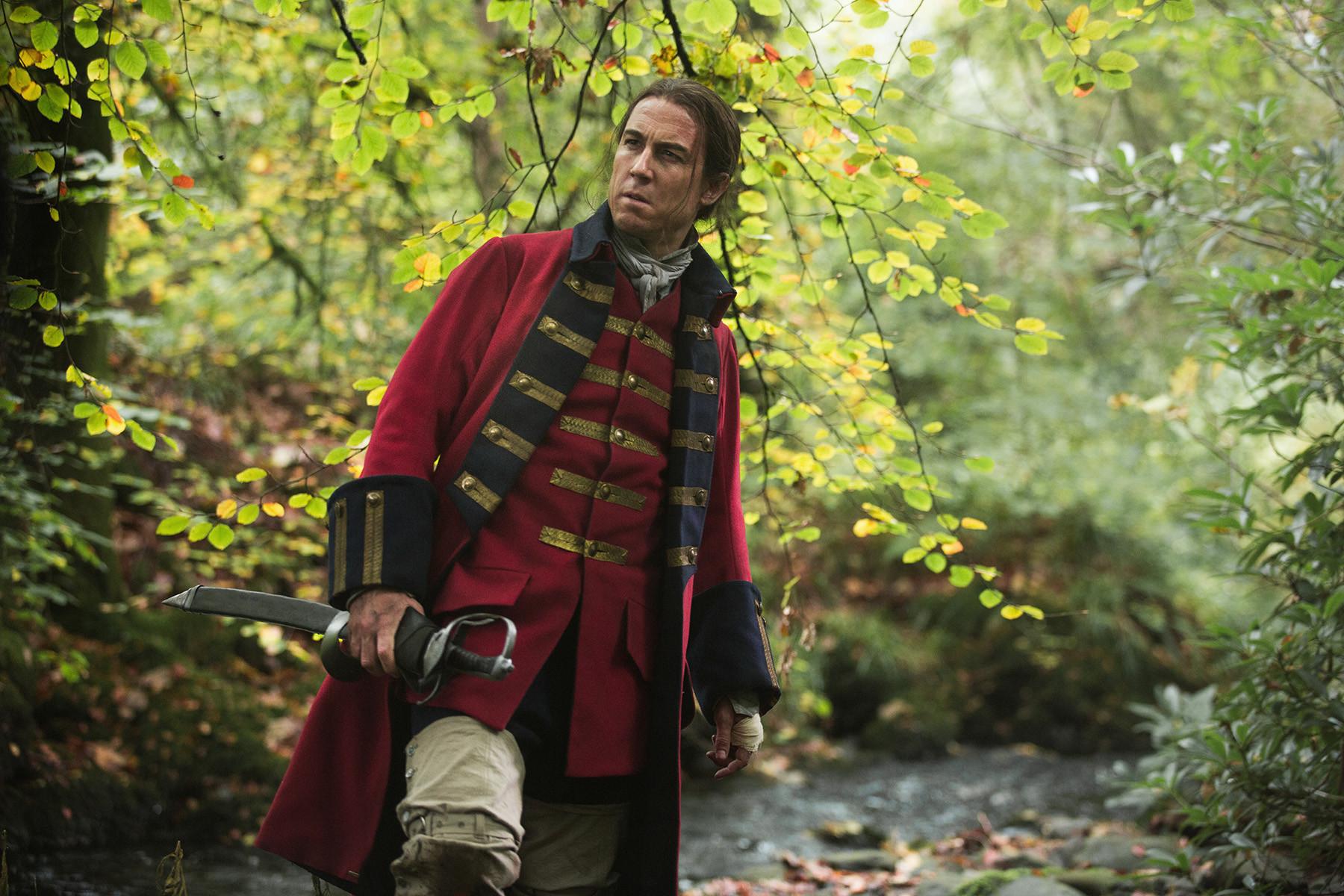 Outlander: Tobiaz Menzies nel pilot