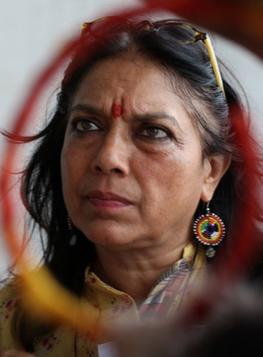 Words with Gods: Mira Nair, regista del segmento God Room, in una foto dal set