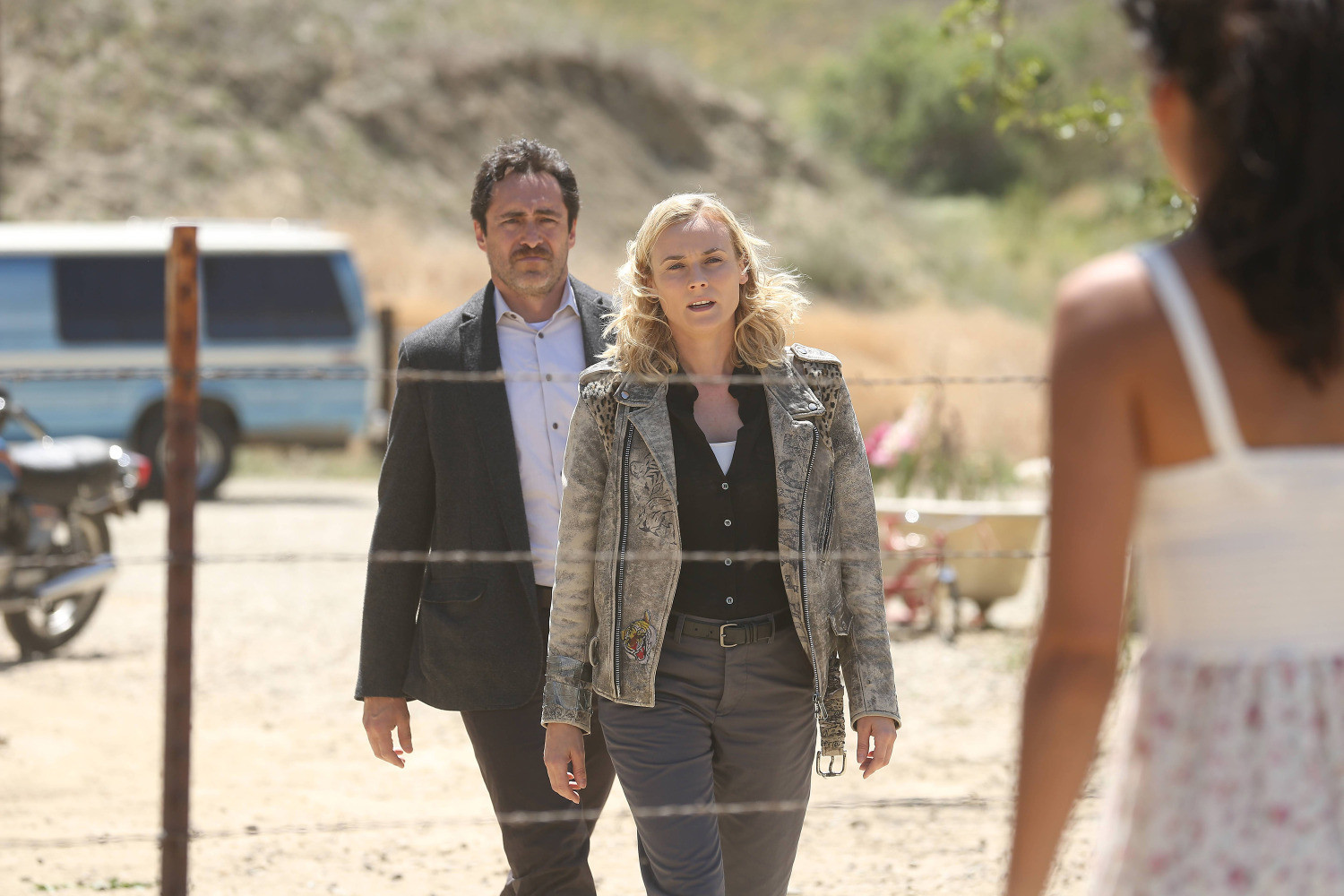 The Bridge: Demian Bichir e Diane Kruger nell'episodio Harvest of Souls