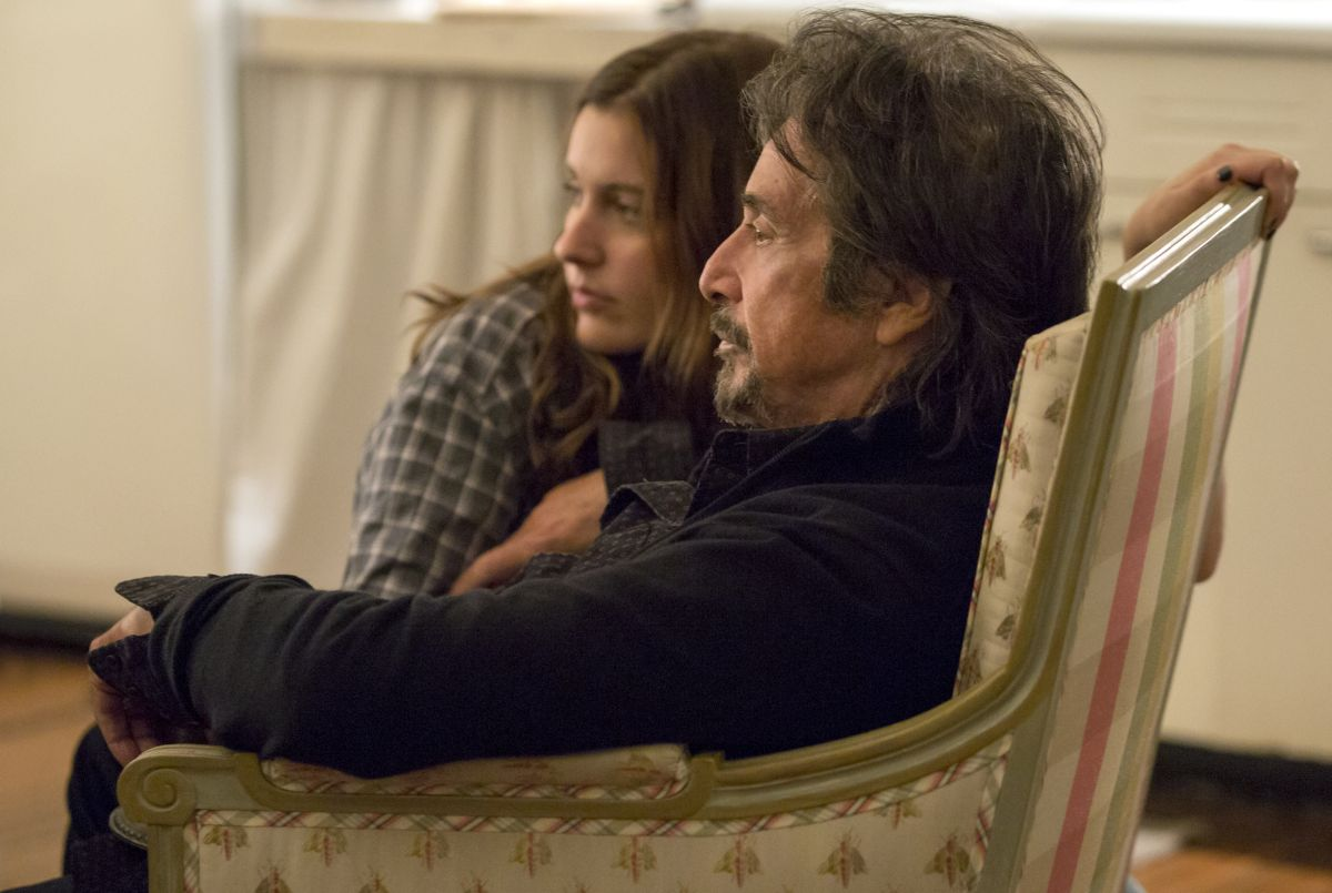 Greta Gerwig e Al Pacino in The Humbling